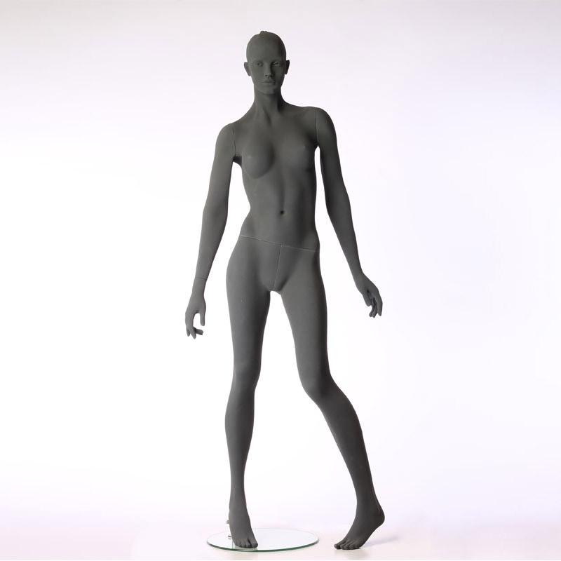 Pure – Stilisierte Damenfigur – mit raue Oberfläche – linkes Bein angewinkelt – Hindsgaul
